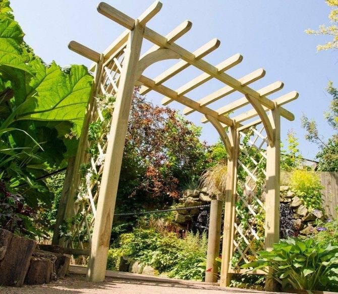 Как правильно построить деревянную или металлическую перголу