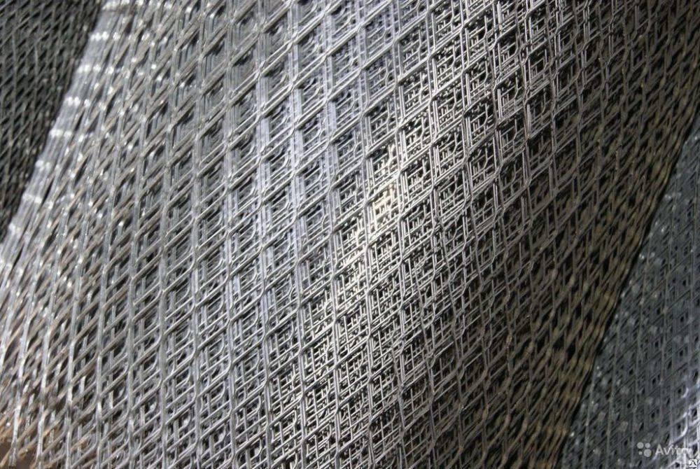 Металлическая сетка для штукатурки стен — обзор и рекомендации