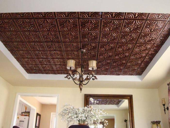 Потолочная плитка (89 фото): виды изделия на потолок, зеркальная модель для подвесной конструкции, размер плиты из пвх, чем покрасить декоративный предмет