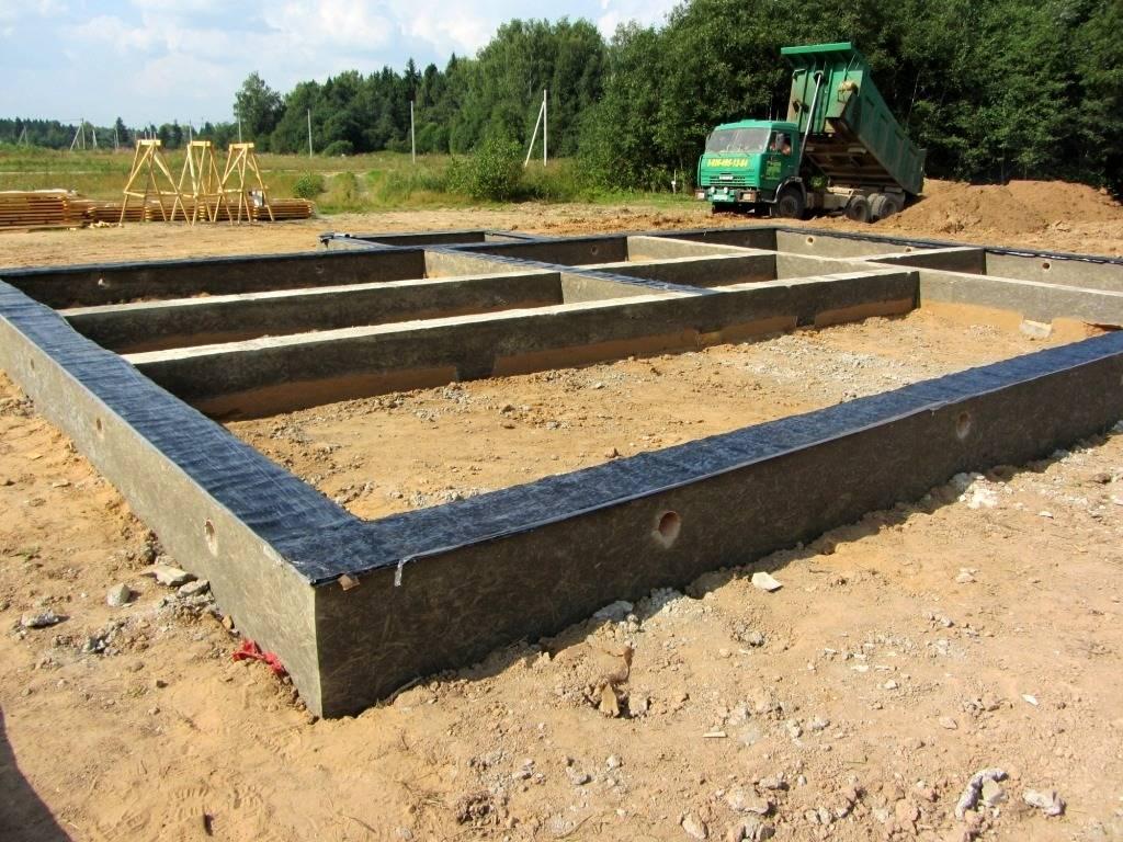 Фундамент под каркасный дом своими руками: пошаговая инструкция по возведению