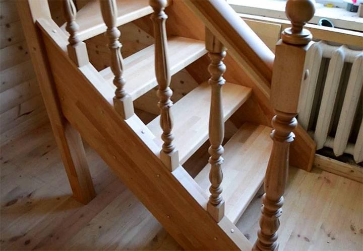 Как крепить балясины к ступеням и перилам