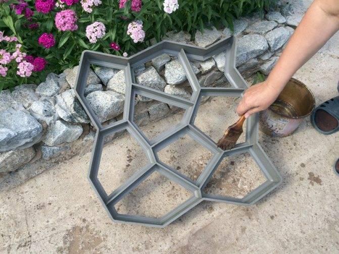 Тротуарная плитка своими руками: как сделать в домашних условиях