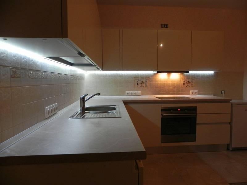 Светодиодная подсветка для рабочей зоны кухни: виды, устройство, монтаж и подключение