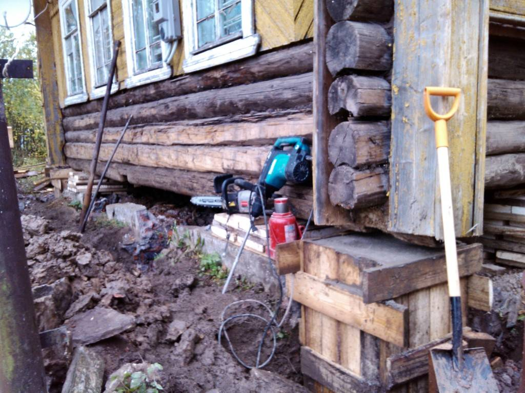 Как поднять деревянный дом самостоятельно: основные правила (видео)