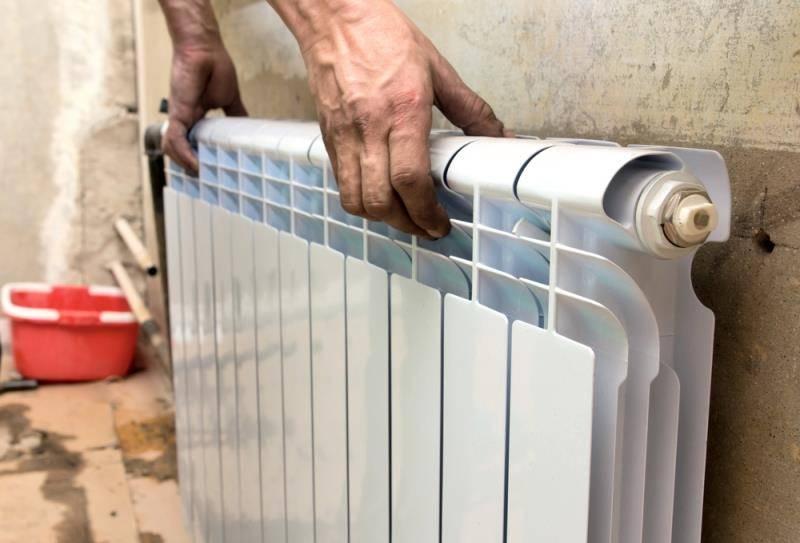 Меняем чугунный радиатор отопления на биметаллический своими руками