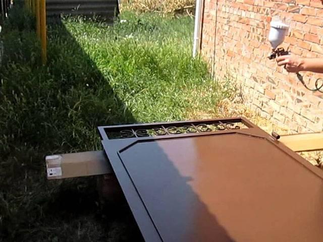Реставрация и обновление металлических входных дверей