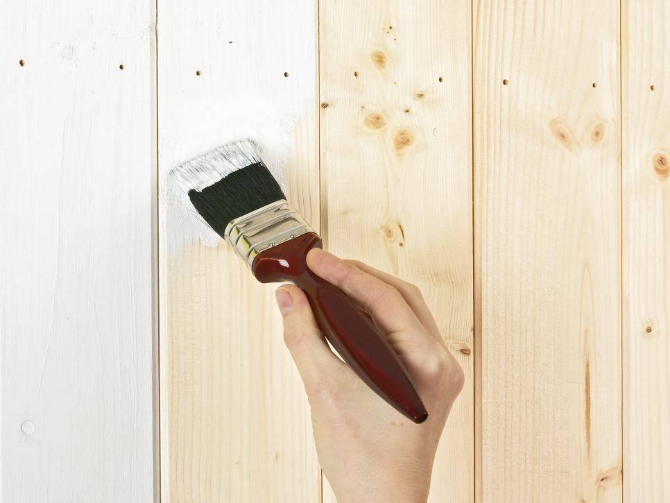 Отделка комнаты вагонкой - обзор лучших вариантов краски и технология нанесения
