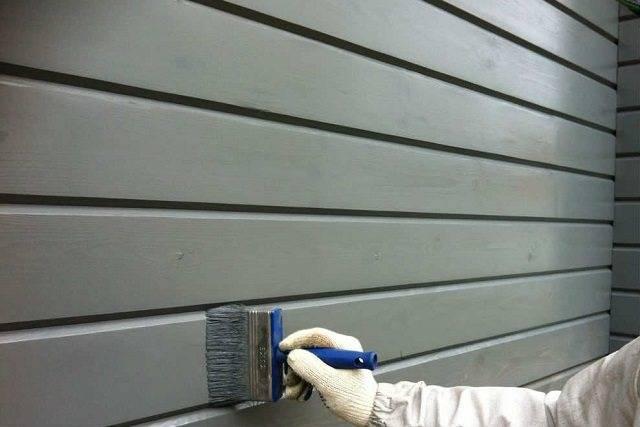 Особенности защитной обработки бруса во время и после строительства