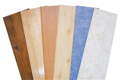 Влагостойкие стеновые панели под кафель – особенности материала и работ с ним