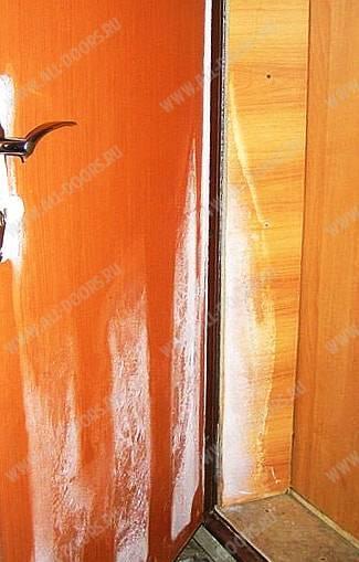 Потеет входная металлическая дверь: как я смог избавиться от конденсата