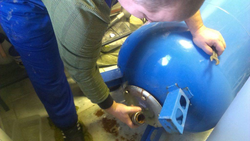 Мембрана для гидроаккумулятора: характеристики и замена своими руками