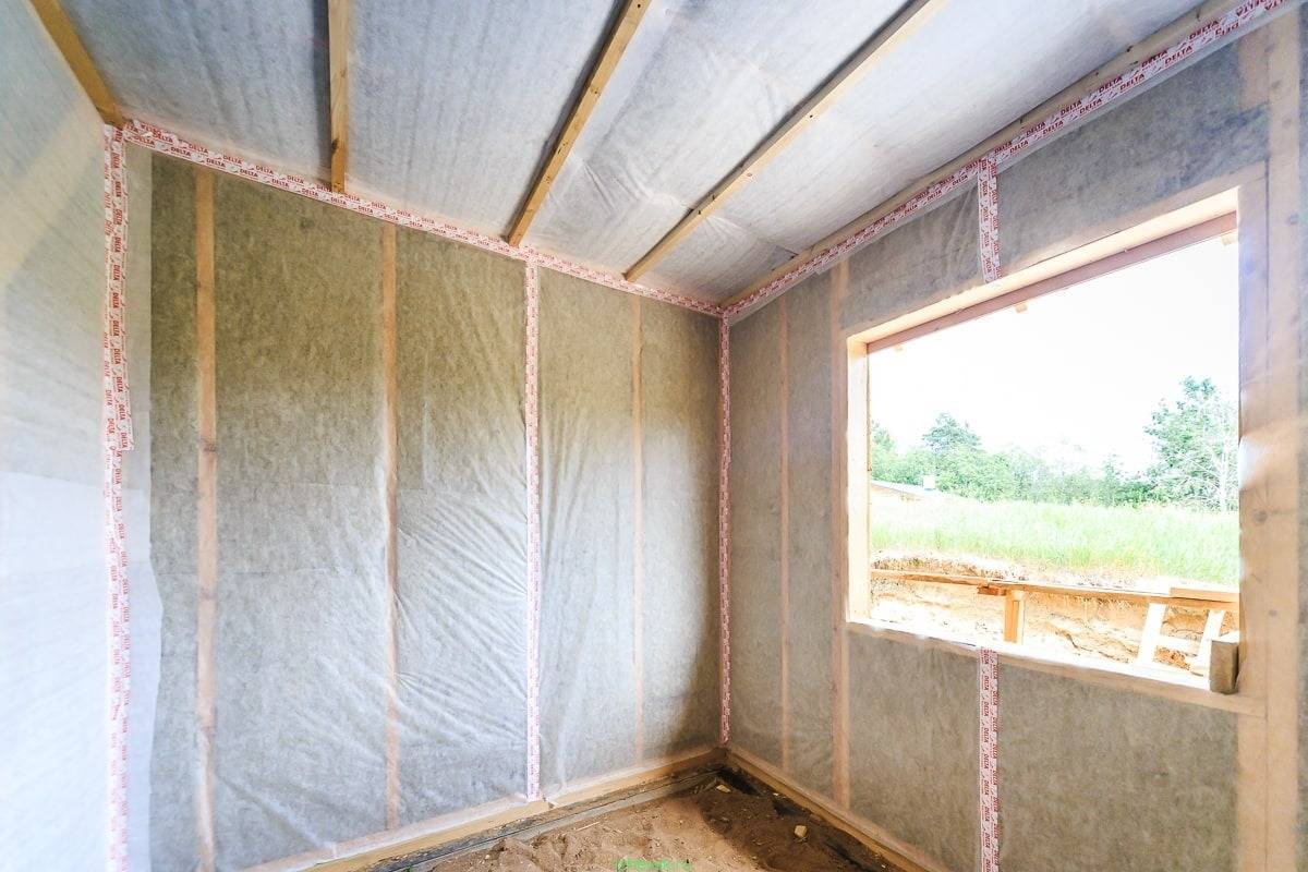Как выбрать вид утеплителя для стен снаружи и внутри дома