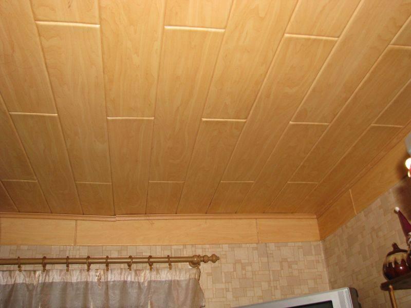 Идеи быстрого и недорогого оформления потолка на даче