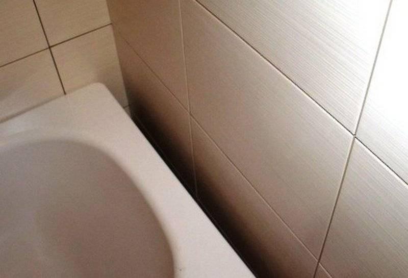 Как заделать щель между ванной и стеной?  чем можно закрыть шов, герметизация стыка - способы решения проблемы