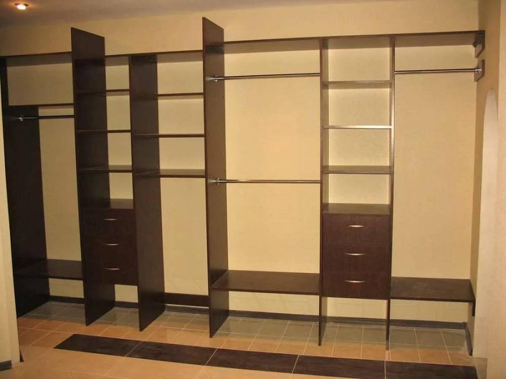 Шкаф-кладовка: особенности и разновидности