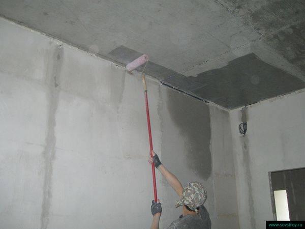 Штукатурка потолка своими руками - правила и советы, которые станут залогом качественно выполненной работы