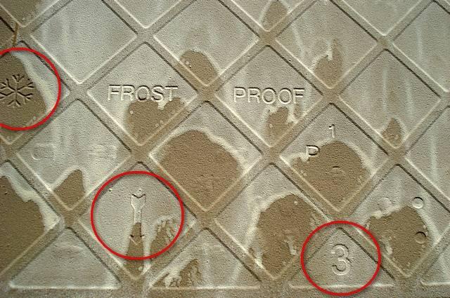 Что означает стрелка на тыльной стороне плитки: разбираемся в нюансах - shcherbak