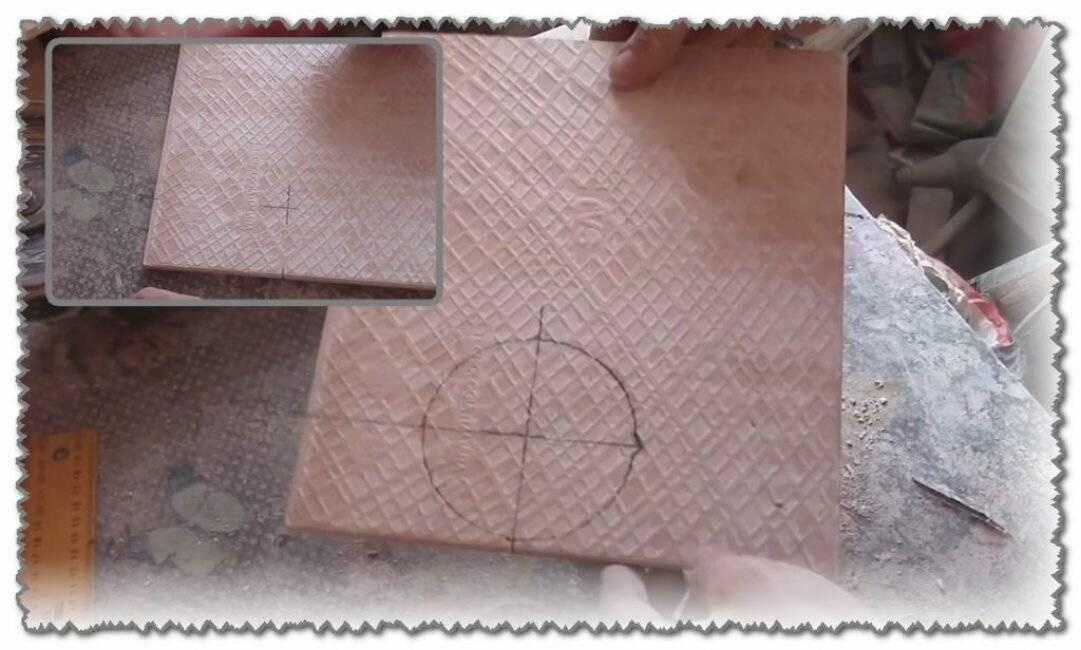 Что означает стрелка на тыльной стороне плитки? выясняем правду