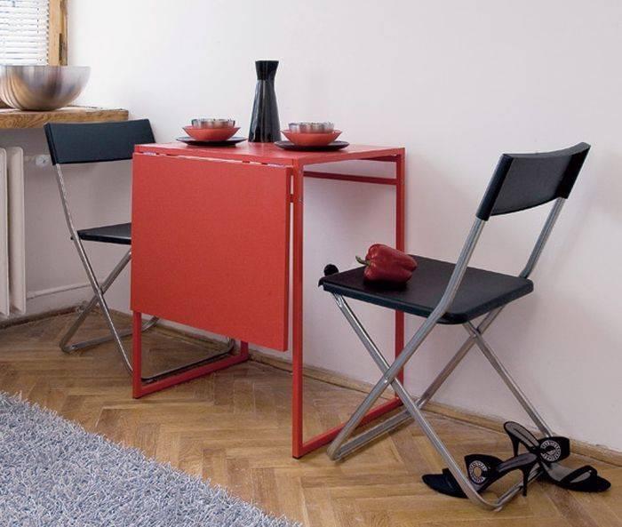 Как выбрать обеденный стол на маленькую кухню