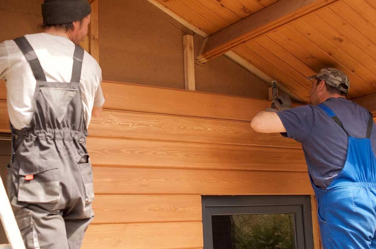 Обшивка дома имитацией бруса (37 фото): отделка стен внутри, как правильно обшить, как крепить, чем покрасить, тонкости монтажа материалов