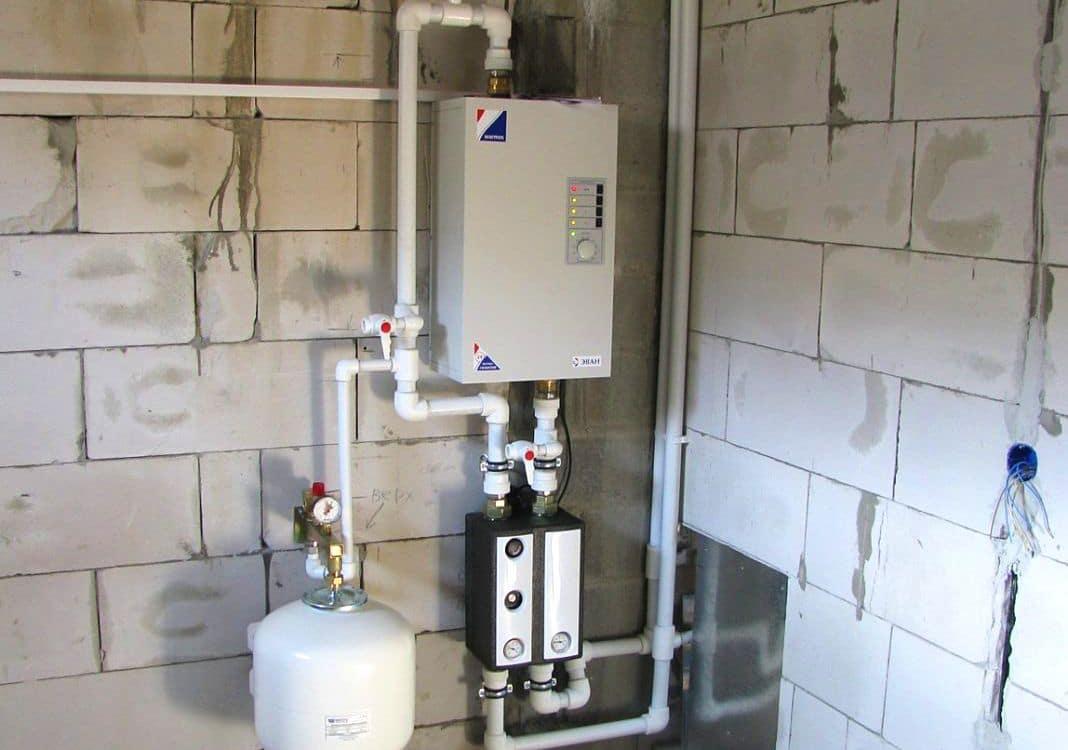 Установка и подключение электрокотла: самая подробная инструкция по монтажу, примеры схем отопления частного дома с электрическим котлом, разводка труб, стоимость работы мастеров