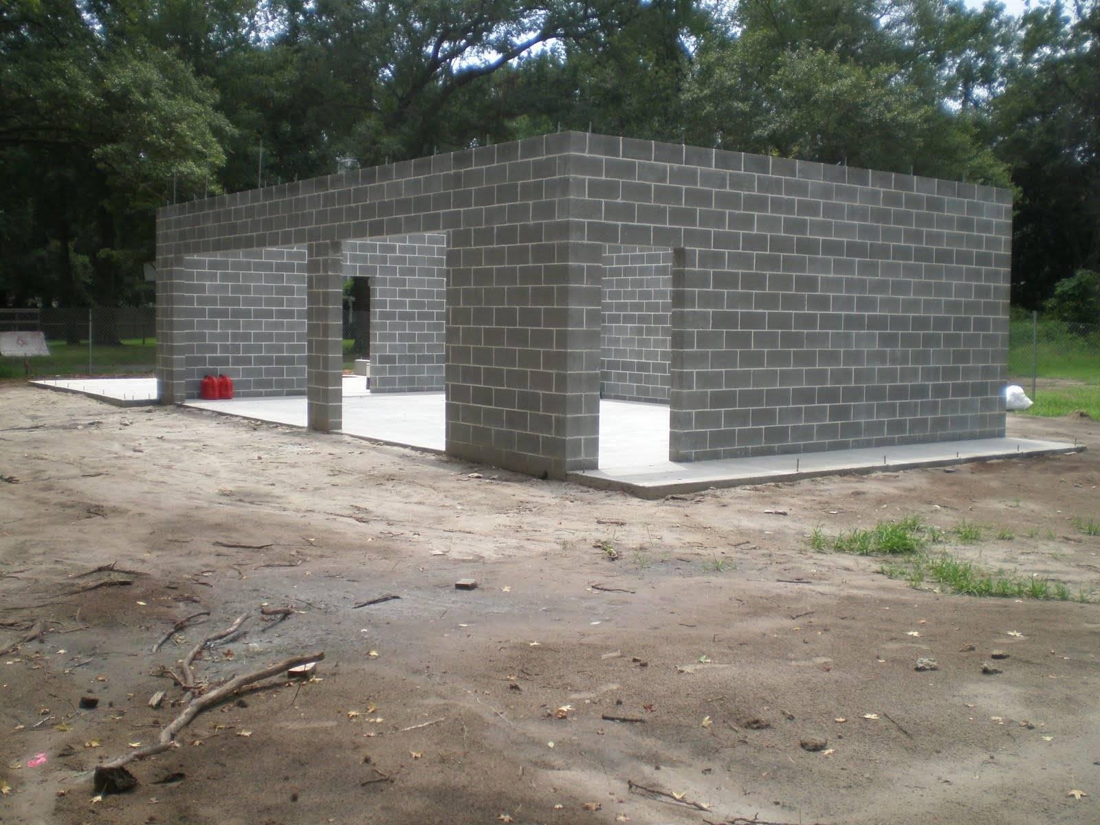 Из каких блоков лучше строить дом для постоянного проживания, чтобы было тепло
