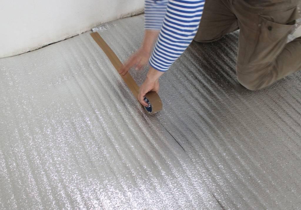 Водяной теплый пол под линолеум: особенности укладки и монтажа