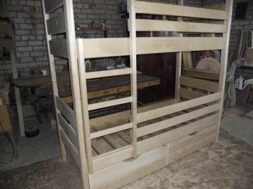 Двухъярусная кровать для детей своими руками: пошаговая инструкция