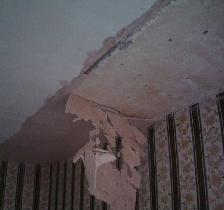 Штукатурка потолка – технология и инструкция по выравниванию и оформлению потолка своими руками