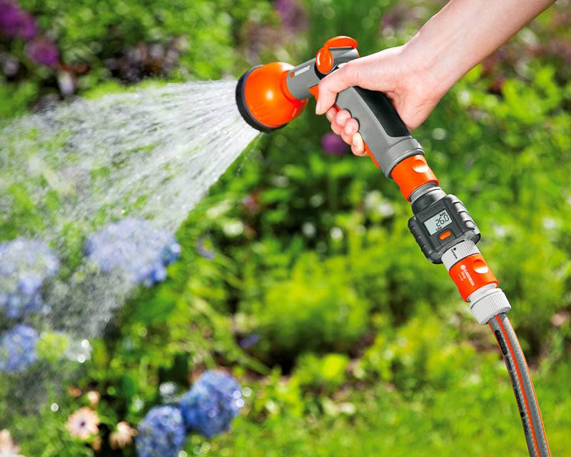Секреты, как поливать огород: выбор оптимального метода и периода орошения