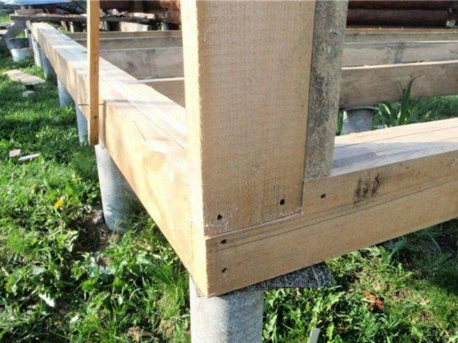 Каркасная веранда к дому: строим своими руками