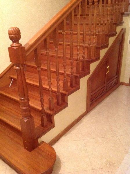 Плитка для ступеней (73 фото): керамические покрытия для лестницы внутри дома, фронтальные части лестничных ступенек
