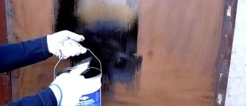 Как и чем покрасить металлическую дверь верно самостоятельно