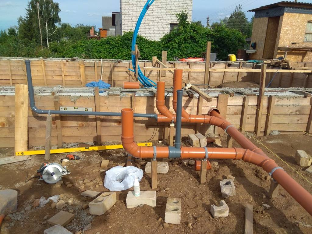 Правила монтажа наружного водопровода и канализации