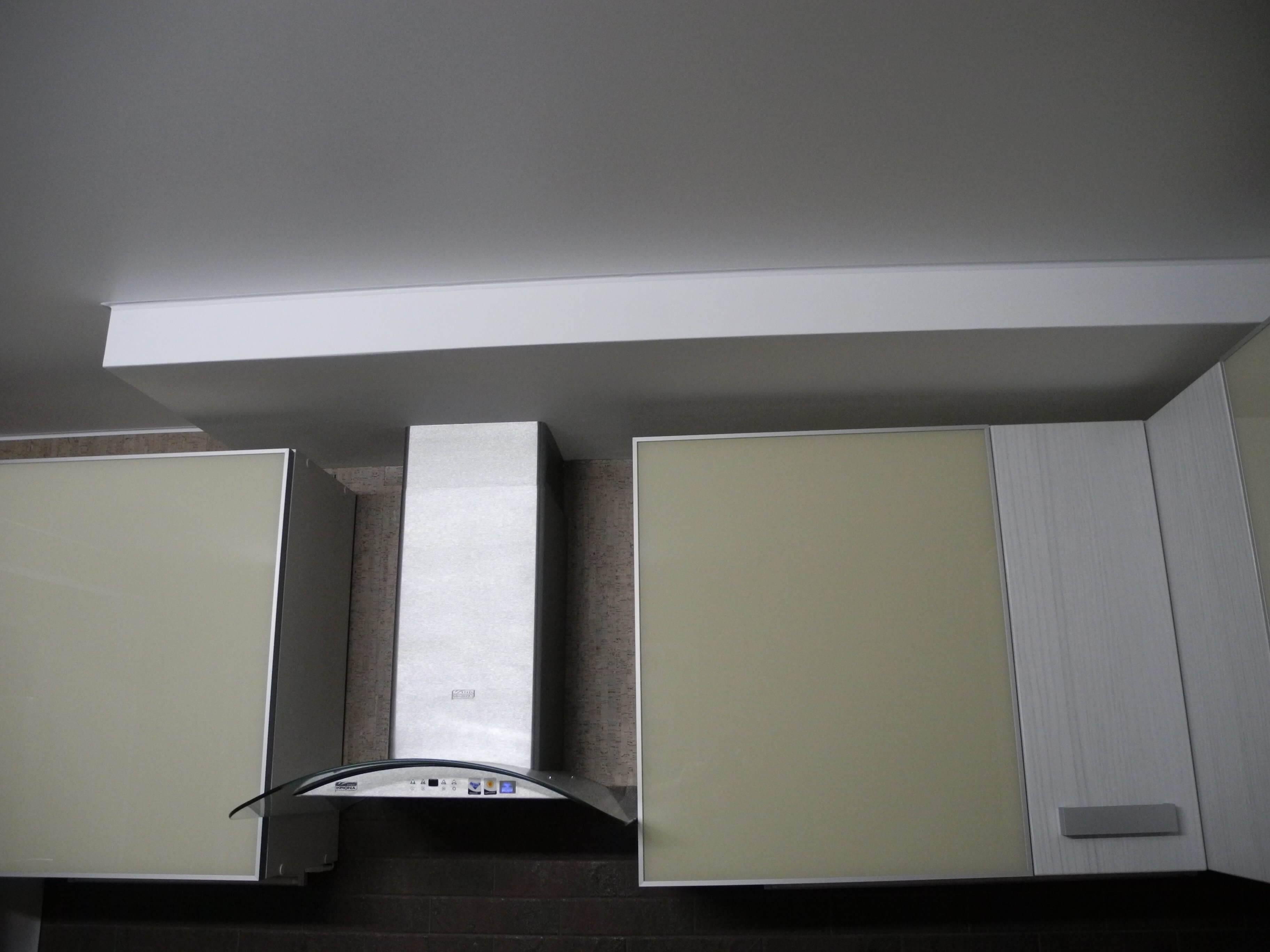 Короб для вытяжки на кухне (52 фото): модели пластиковые и из гипсокартона для кухонной вытяжки