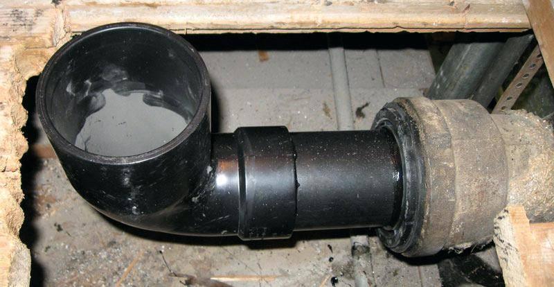 Как легко соединить пластиковые канализационные трубы
