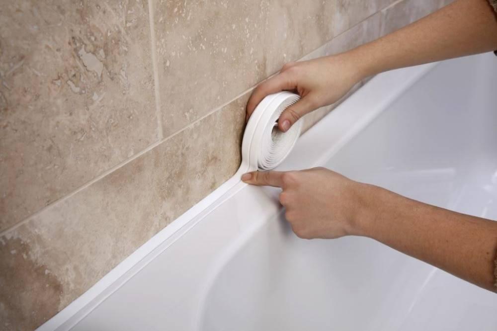 Как заделать стык между ванной и стеной: монтажный инструктаж