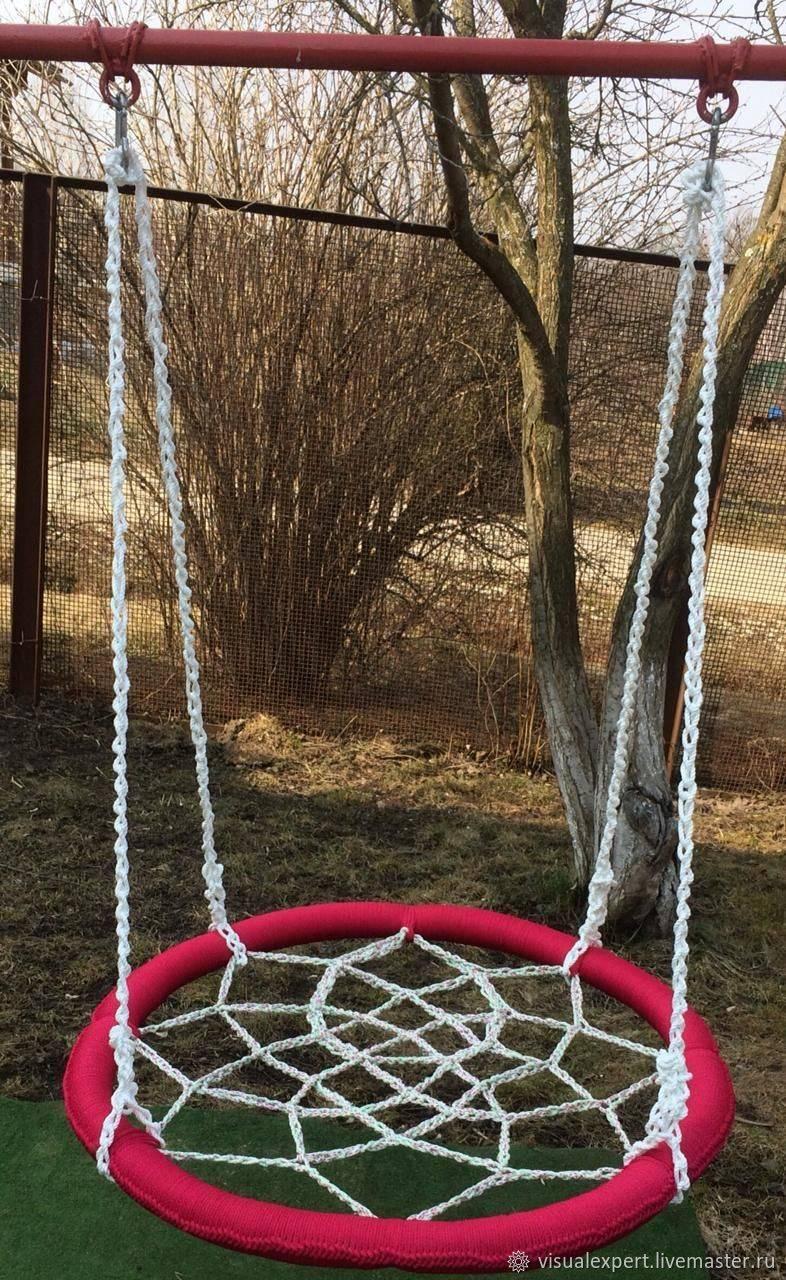Качели «гнездо» (51 фото): круглые уличные конструкции с сеткой-паутиной и подвесные плетеные детские варианты для дачи