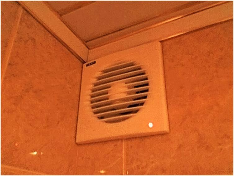 Вентиляция в ванной комнате и туалете: организация воздухообмена, схемы, установка вентилятора, фото, видео