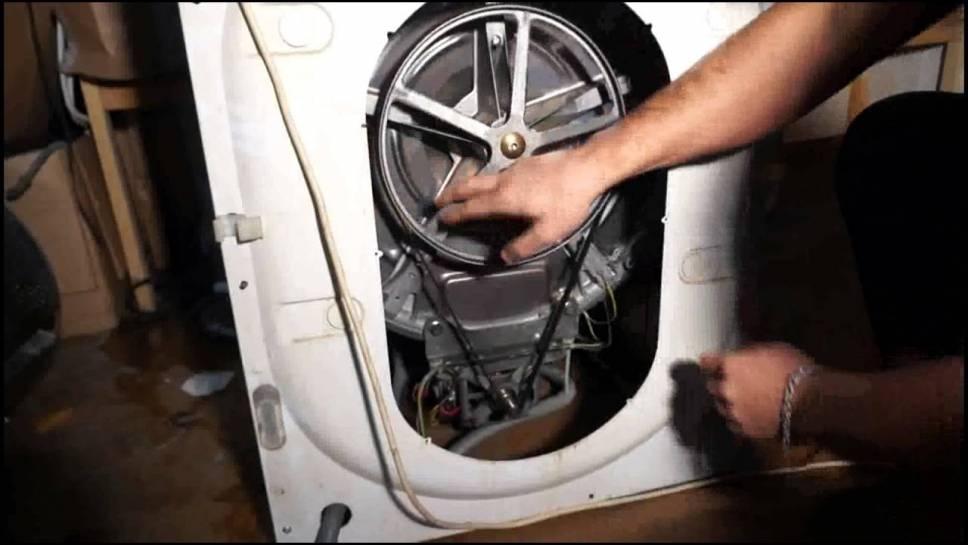 """Не крутится барабан стиральной машины """"самсунг"""": причины"""