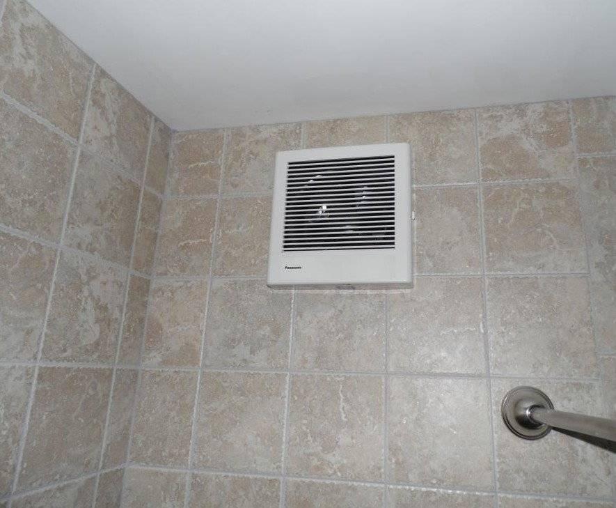 Вытяжка в туалет: с вентилятором, принудительная, с обратным клапаном