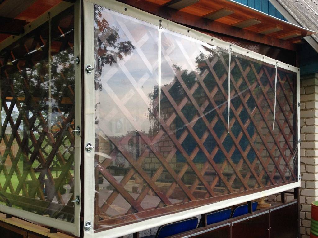 Мягкие окна для беседок и веранды из пвх своими руками: фото, нюансы монтажа