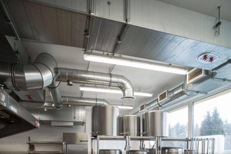 Вентиляционная система кафе и ресторана: нормы и правила монтажа
