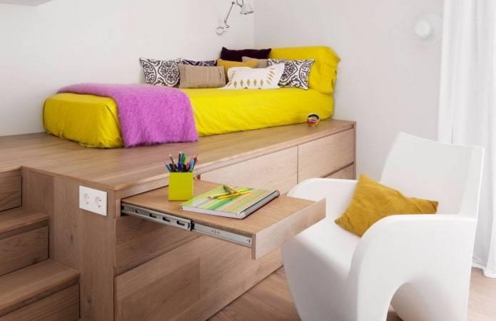 Подиум с выдвижной кроватью: устройство и виды