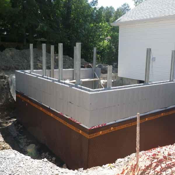 Как правильно построить фундамент дома с подвалом — расчеты и технологии строительства