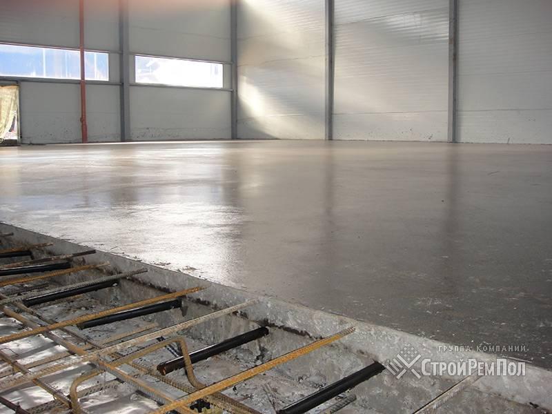 Заливка пола бетоном в гараже – как сделать правильно своими руками