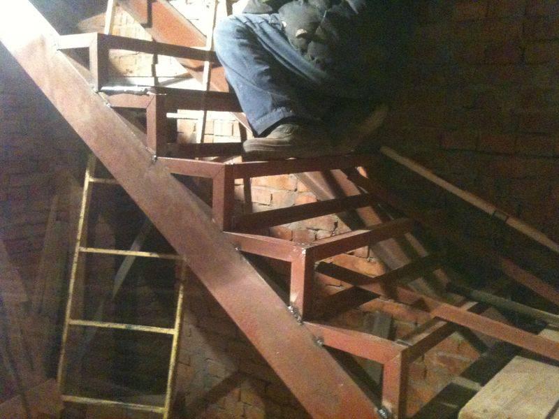 Лестница в погреб своими руками из дерева – собираем своими силами