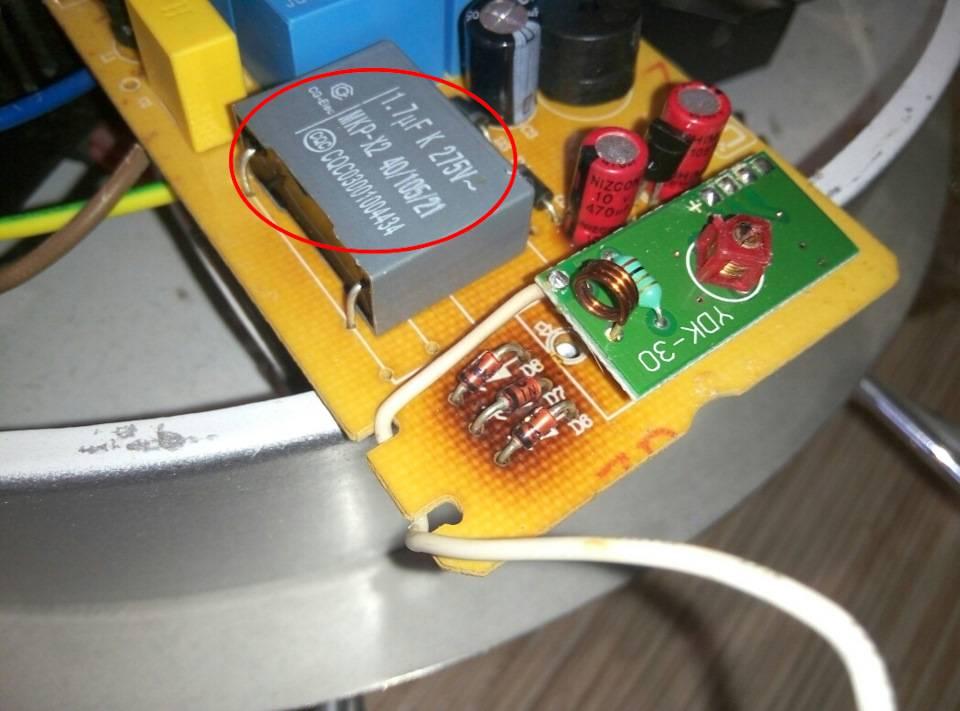 Какими функциями наделены светодиодные люстры и возможен ли их ремонт своими руками? | папа мастер!