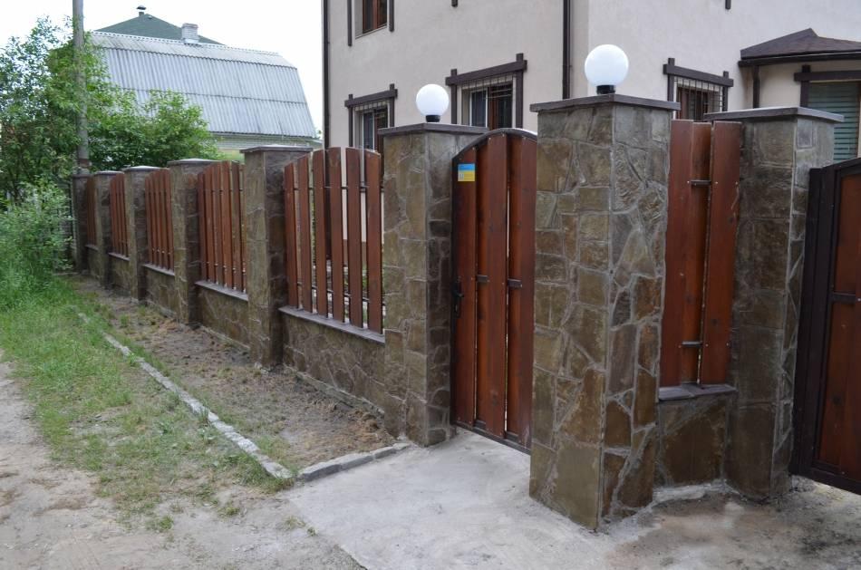 Чем покрасить металлические столбы для забора - всё о воротах и заборе