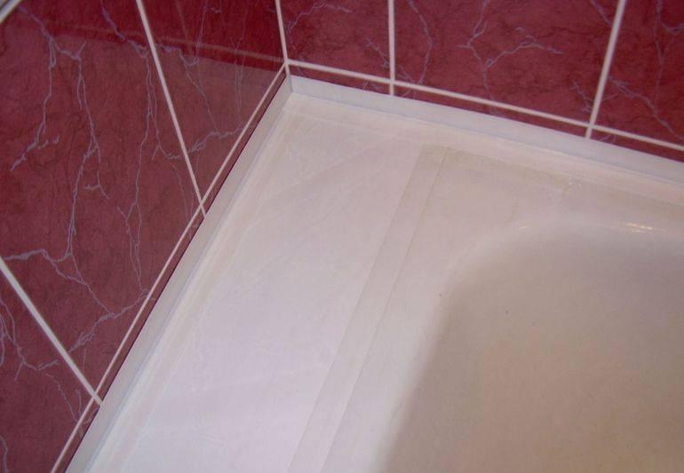 Чем заделать щель между ванной и стеной: 9 простых способов